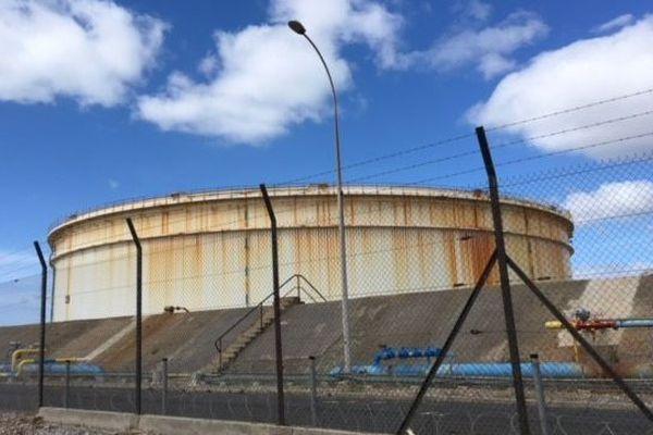 Le site pétrolier Seveso à Frontignan - Avril 2018