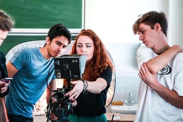 Le tournage s'est déroulé entièrement en Alsace avec des acteurs amateurs et bénévoles.