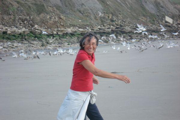 Michèle, en 2011, sur une plage du Nord de la France.