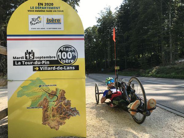 Florian Jouanny sur le parcours du Tour de France 2020, dans la montée de Saint-Nizier-du-Moucherotte.
