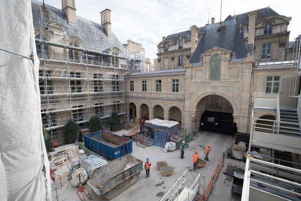 Le musée Carnavalet photographié au début de sa restauration en septembre 2018.