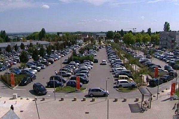 Après des années de polémique, le parking du CHU de Dijon devient payant à partir du lundi 6 octobre 2014