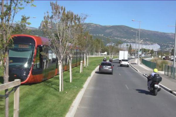 Alors que la mise en service de la ligne 3 du tramway est imminente, les premiers essais sont concluants. Le but : vérifier l'ensemble du système en condition réelle.