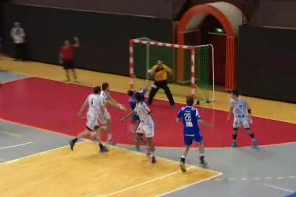 Les dijonnais n'ont pas pu endiguer l'équipe de Chambéry vendredi soir 6 février au Palais des Sports de Dijon