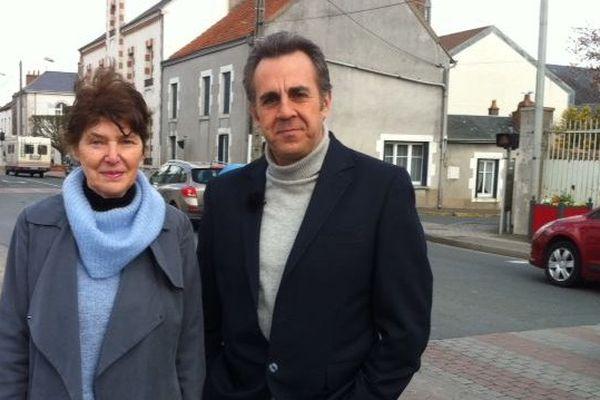 Nadine Joveniaux Adjointe au maire en charge du cadre de vie à Chevilly avec Flavien Texier