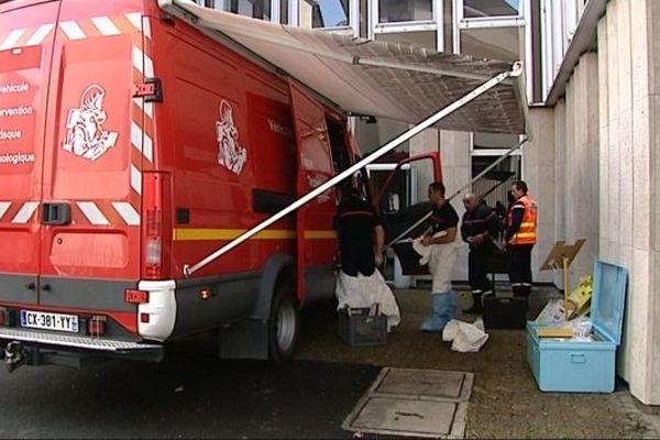 Un exercice de sécurité civile a été organisé à la préfecture de Nevers mardi 31 mars 2015.