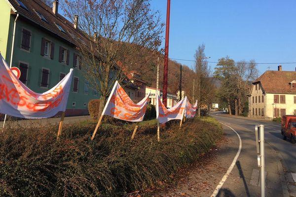Les vestiges d'une mobilisation inédite émanant de citoyens en colère à Thann.