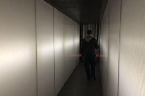 """""""Passage"""", installation sonore de Pierre Jodlowski qui propose au spectateur une immersion dans la mémoire sonore du rugby clermontois."""