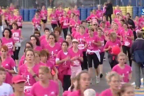 8 500 demoiselles du Bugatti contre le cancer du sein