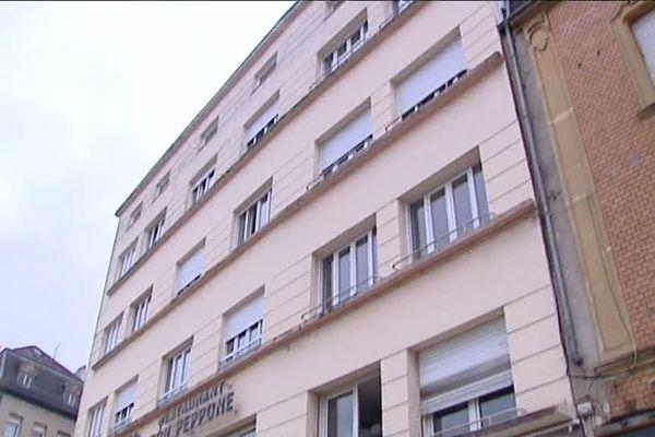 L'hôtel accueille 50 demandeurs d'asile.