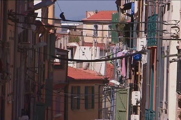 La démolition du quartier Saint-Jacques stoppée, à la grande satisfaction de ses habitants.