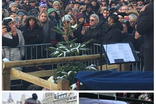 Recueillement place Kléber pour la cérémonie hommage aux victimes de l'attentat de Strasbourg