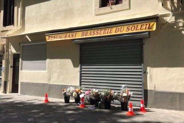 La brasserie de Séverine et François sur la place de Bessan - 24 mai 2022