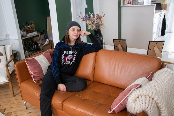 A seulement 33 ans, Emilie Daudin (The Brunette) est atteinte d'un cancer du sein triple négatif.