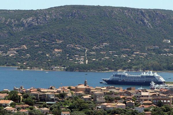 Les compagnies maritimes doivent à nouveau déposer leurs offres pour la desserte transitoire des ports de Propriano et Porto-Vecchio le 27 janvier.