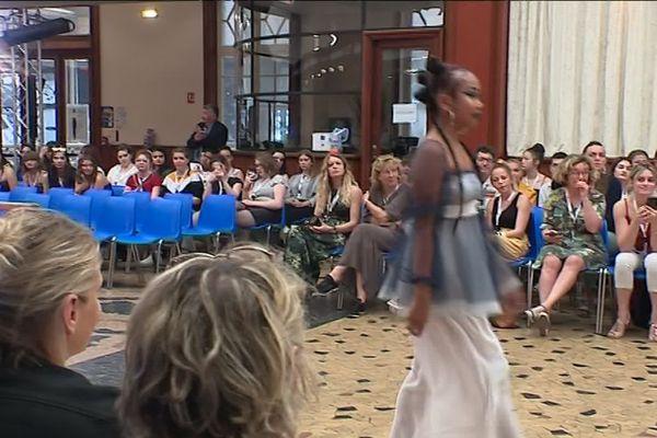 "Défilé ""mode in Normandie"""