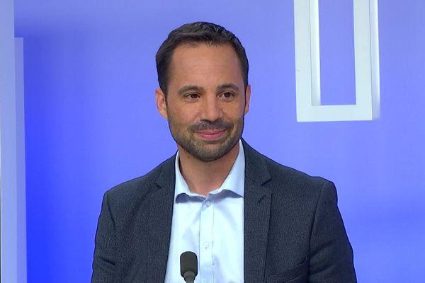 Renaud Deschamps lors du débat du second tour des élections municipales d'Amiens le 25 juin 2020