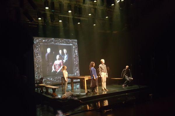 Five Kings, l'histoire de notre chute, un spectacle inspiré de Shakespeare et mis en scène par des québecquois au festival des Francophonies