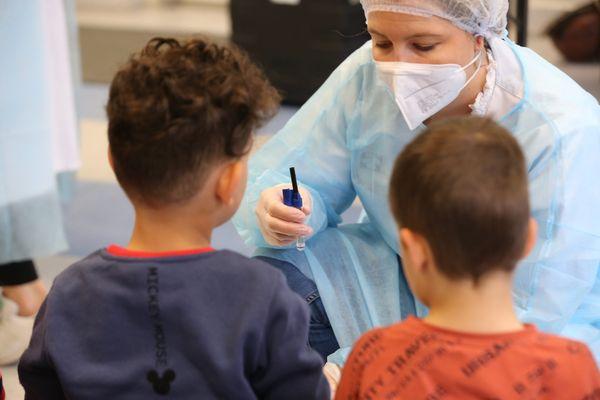 Des tests salivaires sont également effectués dans les écoles de l'académie de Corse.