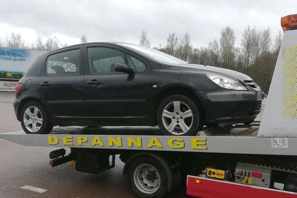 Contrôlée à 148 km/h sur une route limitée à 80, la Peugeot 307 a été immobilisée et mise en fourrière pour une durée de 7 jours minimum.