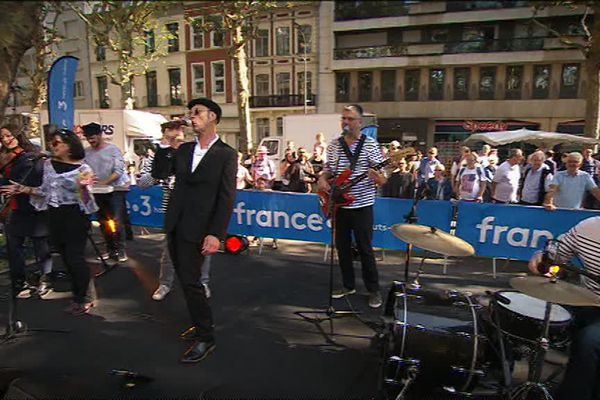 Le Raoul Band devant France 3 Nord Pas-de-Calais ce samedi