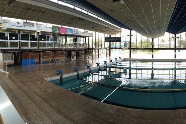 Mesures liées au Covid : la piscine d'Antibes ferme au public