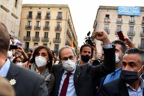 Après l'annonce de sa destitution, des manifestations ont eu lieu en Catalogne pour soutenir le président déchu Quim Torra.