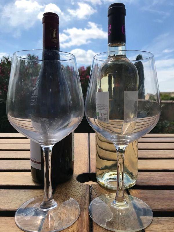 Dans le Gard, certains vignerons qui travaillent sur le marché français ont vu arriver une nouvelle clientèle sur leur domaine.