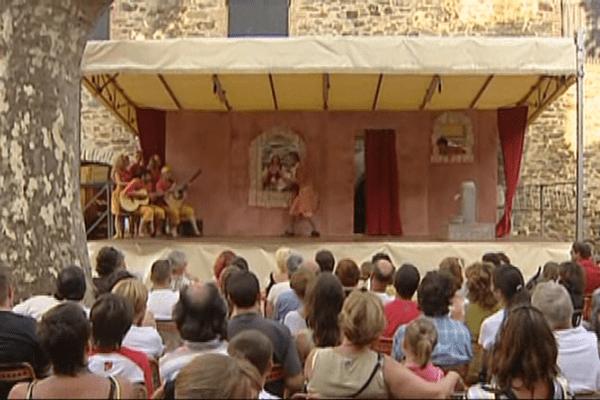 Le théâtre risque de disparaître du paysage culturel à Collioure.