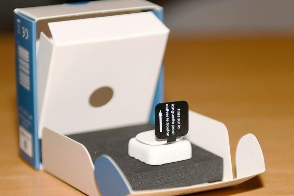 """Le bouton """"MonShérif"""" est un dispositif de sécurité qui permet d'alerter discrètement ses proches en cas de danger."""