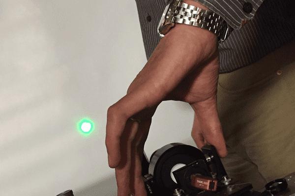 Un faisceau de lumière condensé grâce à la découverte des chercheurs limougeauds de XLIM