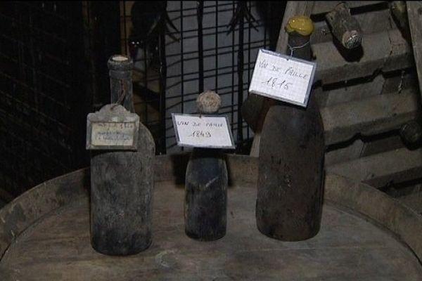 Collection de vins de paille à Arlay : quelques bouteilles très anciennes