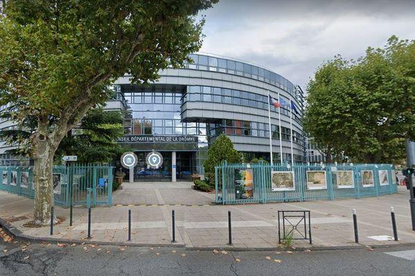Les électeurs drômois votent les 20 et 27 juin pour élire leurs 38 conseillers départementaux.