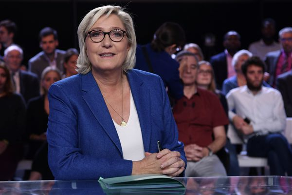 Marine Le Pen, sur le plateau de L'Émission Politique de France 2, le 19 octobre 2017.