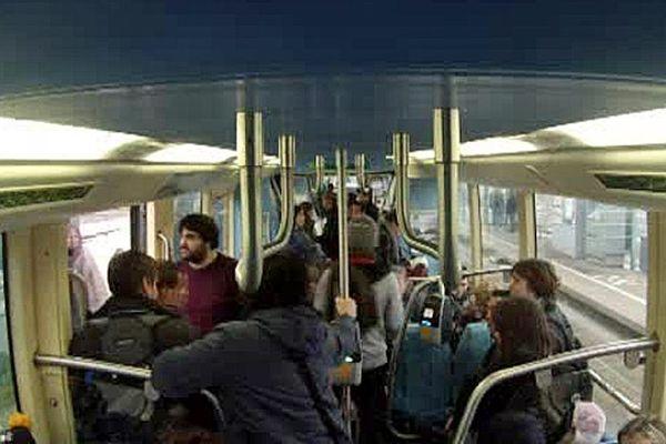 Le tramway de Caen inauguré il y a dix ans sera complètement remplacé d'ici 2018.
