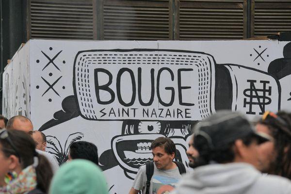 Le festival Bouge a lieu chaque année à la fin juin et permet la rencontre artistique de nombreux jeunes artistes du hip hop avec le public et la population du quartier de Mean-Penhoët