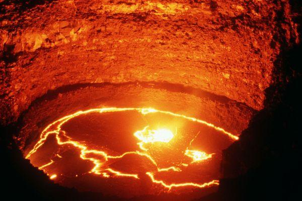 Le volcan Erta Ale en Ethiopie, l'un des rares sur Terre à présenter un lac de lave permanent, est au centre du nouveau film du youtubeur ExperimentBoy présenté en avant-première au Parc Vulcania, les 11 et 12 mai. Photo d'illustration.