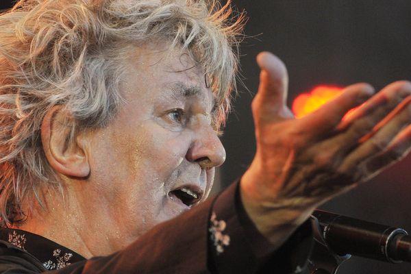 Jacques Higelin sur la scène des Francofolies en 2010