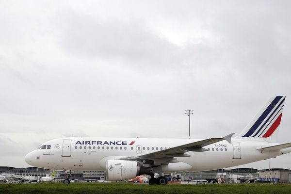 L'A319 a tenté de se poser à l'aéroport de Toulouse sans succès avant de changer de cap vers Montpellier.