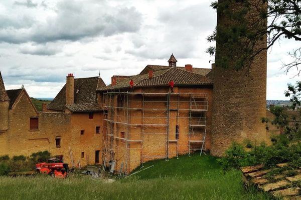 Le prix de la restauration de la toiture s'élève à plus de 100 000€