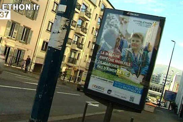 L'un des quatre ambassadeurs nationaux du Téléthon 2015 est Clermontois. Nicolas, 14 ans, atteint par la myopathie de Duchenne, a posé aux côtés de son père pour la campagne publicitaire du Téléthon 2015. Une affiche visible dans toute la France.