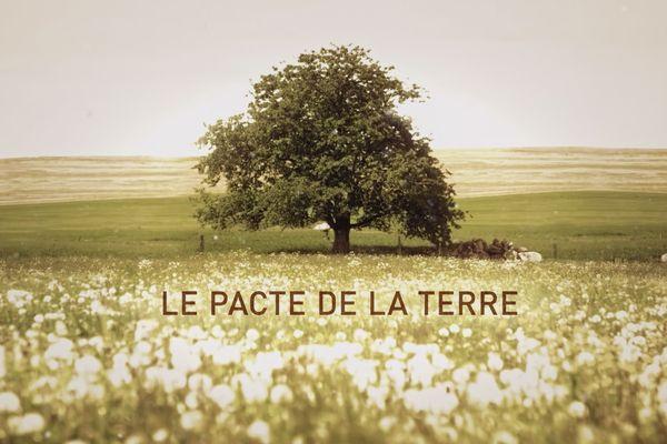 La terre : comme un petit goût de paradis qui ne colle pas à la réalité.
