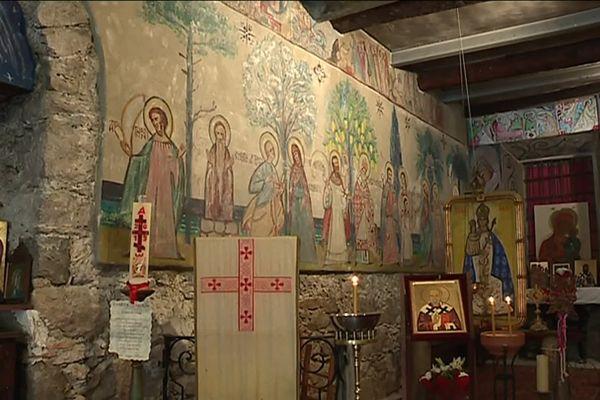Cette chapelle est située ans le quartier du Port à Nice.