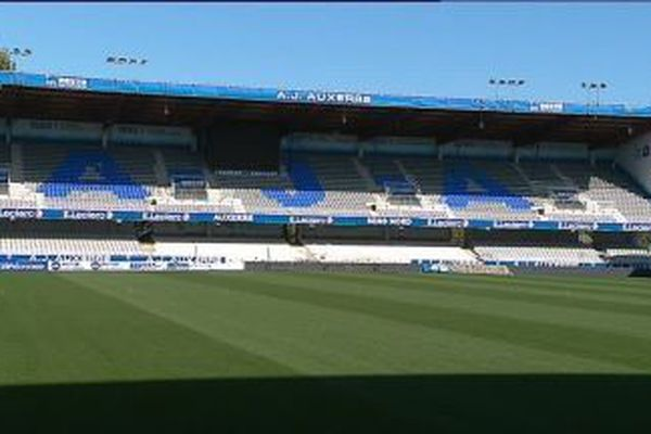 A Auxerre, le stade de l'Abbé-Deschamps devrait rester vide encore quelques temps