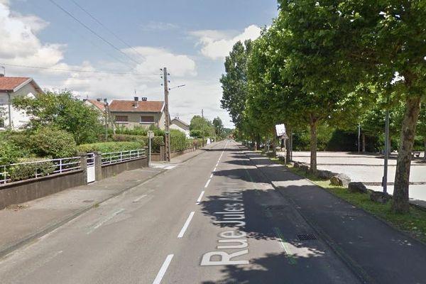 Les habitants de la rue Jules Alexis Muenier à Vesoul sont concernés par la vigilance crues.
