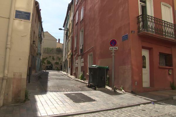 Le corps de la victime a été retrouvé au croisement des rues Dugommier et Camille Jourdan à Perpignan.