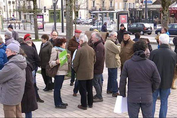 Manifestation à Dijon contre le projet d'aéroport à Notre-Dame-des-Landes