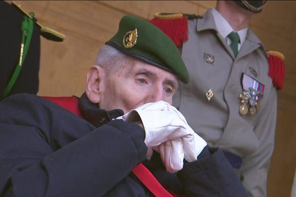 Parmi les personnes présentes, le dernier Compagnon de la Libération encore en vie