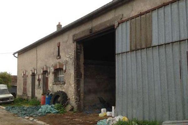 La ferme de la rue Tourne Cul à Montzéville (55), domicile du mis en cause.