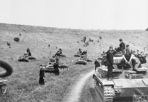 La 7e Panzerdivison de Rommel, dans la Somme, en juin 1940.